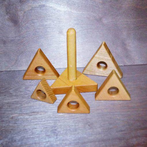 "Piramidka treugolnaya 2 510x510 - Деревянная пирамидка ""Треугольник"""